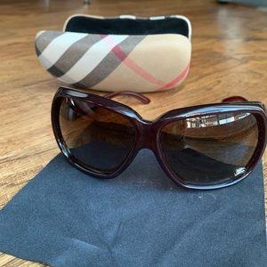 Burberry Sunglasses- B4013 in Burgundy